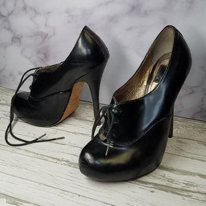 Dolce Vita black lace up Oxfords